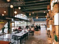 假日限定!新北船型清水模建築咖啡館 有超好拍文青牆