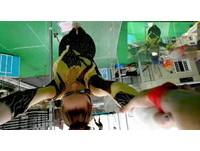 Google Glass新宣傳片騎馬跳芭蕾 未來眼鏡才是本體