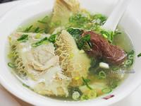 承載老台北人記憶的牛肉麵 必吃清燉湯頭和肉絲斤餅!