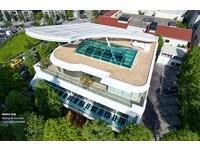高處俯瞰巨大「純白鋼琴」隱身台中市 夢幻景觀餐廳必朝聖