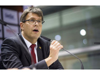 世桌賽/國際桌聯主席維克特連任 稱中國強不是罪