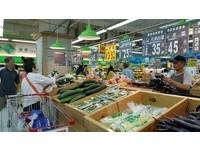 雷雨炸中南部...憂菜價漲!量販湧進搶菜人潮:先買7天量