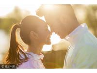 男人做到了嗎?比起愛愛,更讓女生心動的5個瞬間