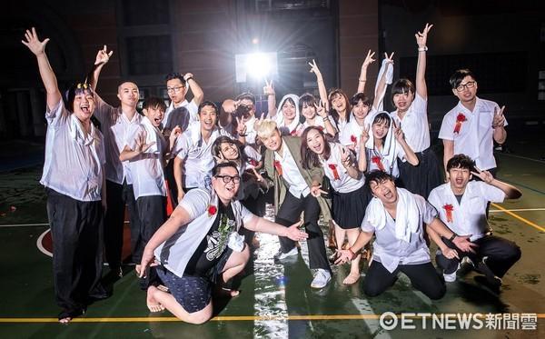 ▲聖結石推出新歌。(圖/WebTVAsia、上行娛樂)