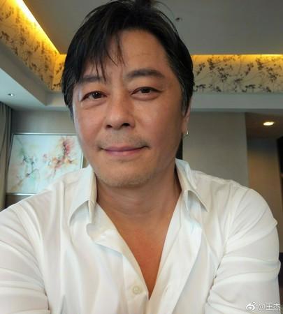 ▲王傑日前宣佈退出歌壇。(圖/翻攝自王傑微博)