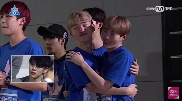 ▲《Produce 101》練習生看到家人爆哭。(圖/翻攝自YouTube Mnet Official)