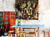 花牆、復古沙發就像老電影畫報 台中老屋咖啡廳讓人上癮
