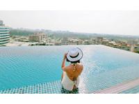 無邊際觀景泳池酒吧!封號「台灣版金沙」的超狂文旅