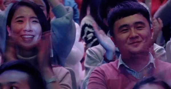 ▲大陸節目「職業觀眾」表情超有戲。(圖/翻攝自YouTube)