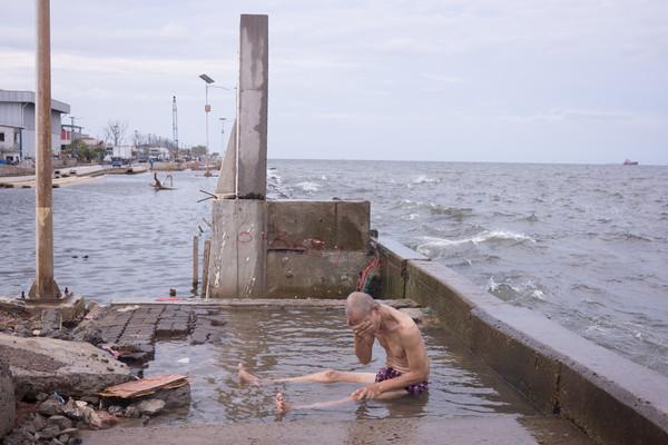 ▲▼印尼政府為了防止首都雅加達下沉,砸320億英鎊(約新台幣1.2兆元)蓋19公里長「海牆」。(圖/達志影像/美聯社)