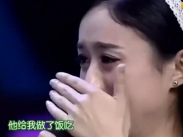 ▲趙麗穎節目失控落淚!。(圖/翻攝自秒拍)