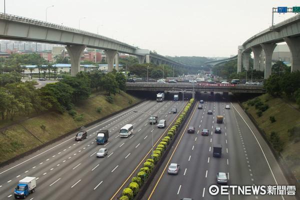 ▲▼國道一號,國一,中山高,高速公路,交通(圖/記者季相儒攝)