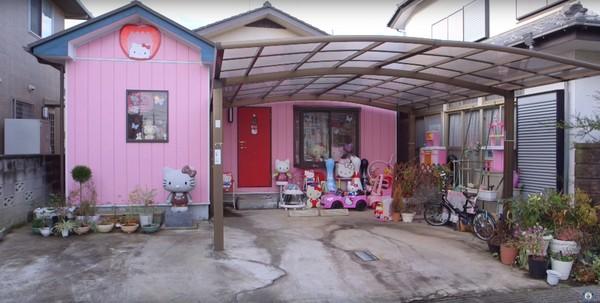 ▲日本阿伯郡治正雄(Masao Gunji)的凱蒂貓之家外觀。(圖/金氏世界紀錄官方YouTube)