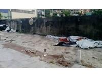 無牌廢棄車輛棄置路邊影響停車 永康警依法清理