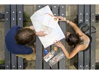 旅遊書「內容互抄」買了超浪費錢? 網友掀正反論戰!