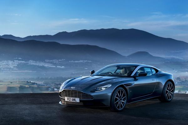 上市未滿週年就召回?阿斯頓馬丁DB11這下掉漆了(圖/翻攝自Aston Martin)