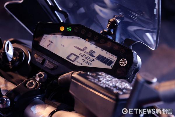 ▲暗黑扭力大師登台!YAMAHA發表MT-09紅牌重機45.6萬起。(圖/記者張慶輝攝)