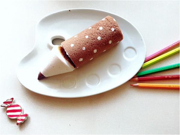文具控必吃!日本「彩色鉛筆蛋糕捲」連筆芯都有超療癒。