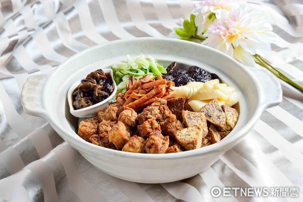 逢甲美食全在這!章魚小丸子、大腸包小腸全變桌菜