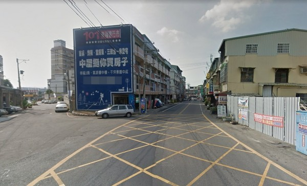 ▲▼南投東山路老翁騎車撞砂石車身亡。(圖/翻攝Google Map)