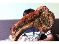 高雄比臉大戰斧豬排!把法國小點「小人麵包」引進台灣