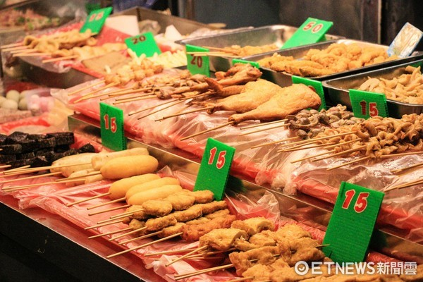 小吃攤,鹹酥雞,路邊攤(圖/記者周宸亘攝)
