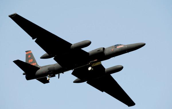 ▲▼為了掌握北韓情資,美軍「蛟龍夫人」U-2偵察機從烏山空軍基地起飛。(圖/路透社)