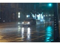 快訊/暴雨夜襲北台灣!氣象局發布「大雨特報」 北北基宜警戒