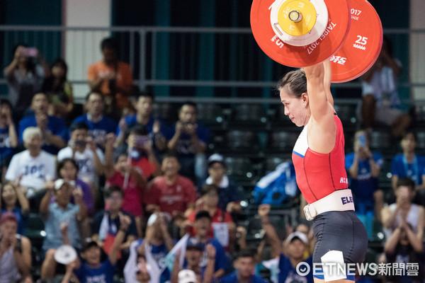 ▲▼台北世大運舉重,女子58公斤,郭婞淳。(圖/記者季相儒攝)