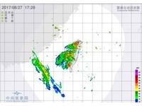 快訊/大雨來襲!高屏慎防雷擊 氣象局發布12縣市豪大雨特報