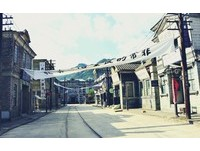孔劉來過!韓國最大攝影場超好拍 門口還有少女時代專車