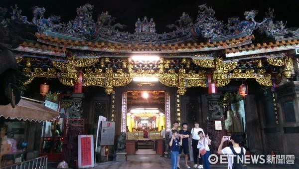 新竹都城隍廟。(圖/記者陳俊宏攝)