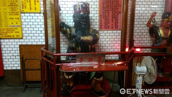 新竹都城隍廟,「二爺」范將軍。(圖/記者陳俊宏攝)