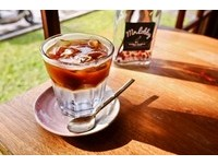 雲林木造老屋咖啡店 微酸帶苦的通檸水咖啡