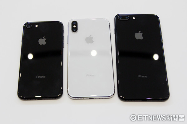 ▲iPhoneX,iPhone8,iPhone8 Plus。(圖/記者洪聖壹攝)