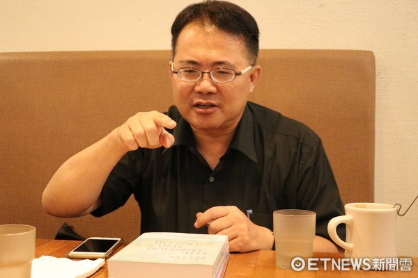 ▲▼南華大學生死學系專任副教授楊國柱。(圖/記者楊蕙綾攝)