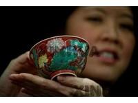康熙御製瓷碗7400萬成交 港蘇富比刷新拍賣紀錄
