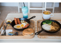 新店溪旁新開幕咖啡廳 大份量鐵鑄鍋早午餐!