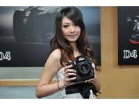 攝影人注意! Nikon全片幅機皇「D4」來襲!