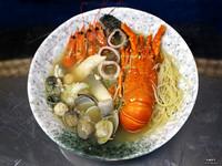 滿滿蝦膏超誘人!台南吃得到整尾龍蝦的限量海鮮粥