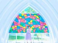 台中愛情教堂秘境!繽紛彩繪玻璃、閃耀燈景超浪漫