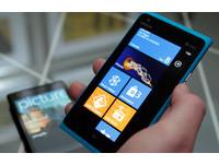 4.3吋大芒果現身CES Nokia Lumia 900更快、更強