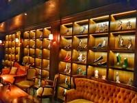 泰國曼谷特色高跟鞋酒吧!浮誇收藏吸引女性朝聖