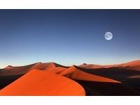 罕見紅人與紅沙漠 拜訪紅色國度納米比亞