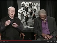 上帝累了!摩根費里曼訪談直播睡著 「點頭」呼嚨觀眾