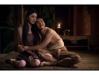 泰國嫩模黛薇卡因與帥氣男星馬力歐演出《淒厲人妻》爆紅。(圖/威視)