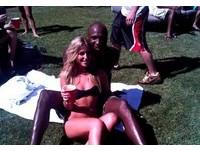 NBA/背著老婆偷吃? 歐頓與脫衣舞孃你儂我儂