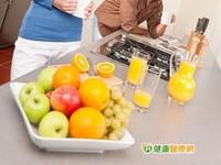 注重飲食習慣 降低食物中毒風險