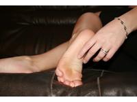 「腳高潮」全球唯一病例 荷蘭女:像有人對我左腳做愛