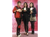 劉香慈出席公益活動 捐原味衣物做愛心